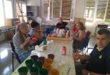Taller de arte en el centro residencial de inclusión Hort de la Vila